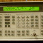 Agilent / HP 8648A 9KHz to 1 GHz Synthesized Signal Generator