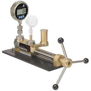 Crystal Engineering GaugeCalXP Hydraulic Pressure Generator